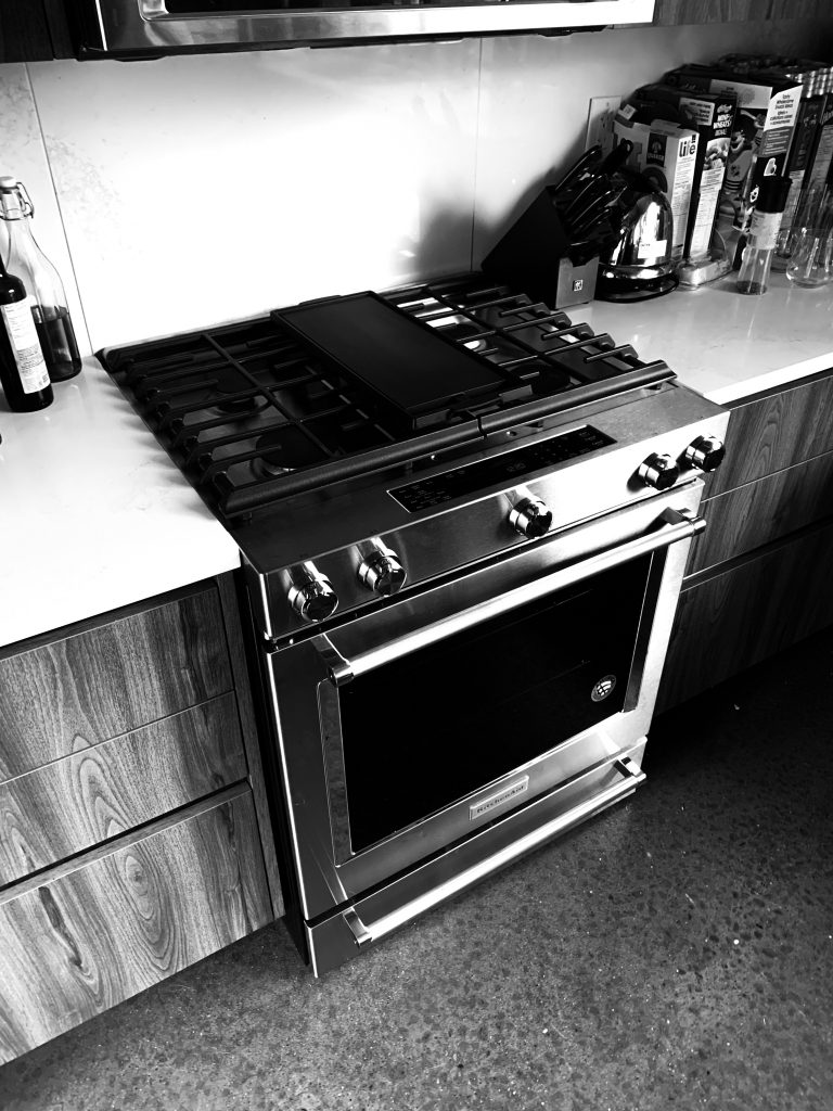 Removed the old stove and reconnected the new stove and it's a beautiful thing.